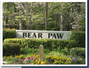 Bear Paw Resort sign photo